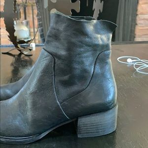 Paul Green Shoes - Black Booties